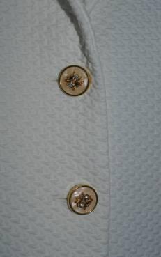 cream_jacket_buttons