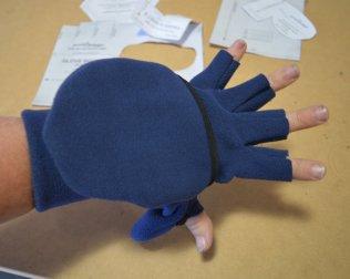 green_pepper_glove-itts_octopus