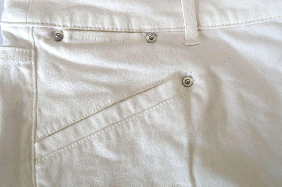 Cashmerette Ames off-white straight jeans - front pocket detail